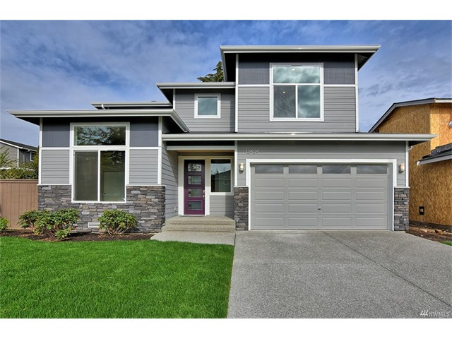 Whether buying or selling a home in Meritage Ridge, call the Kirkland Home Team at 206-445-8034