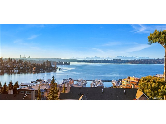 Whether buying or selling a condo in the Villas at Carillon, call the Kirkland Home Team at 206-445-8034