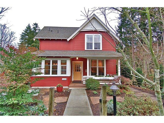 Whether buying or selling a condo in Bella Rosa, call the Kirkland Home Team at 206-445-8034